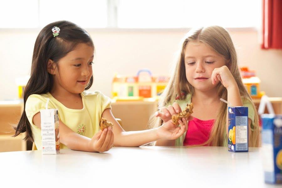 اشتراک گذاری کودکان