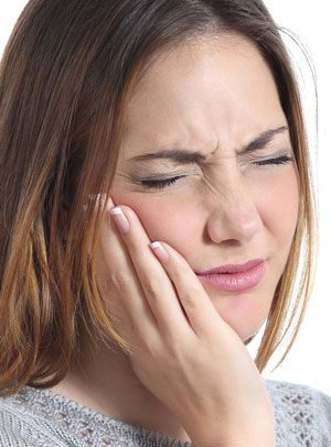 علایم دندان قروچه