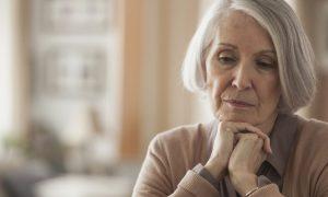 علل افسردگی در سالمندان