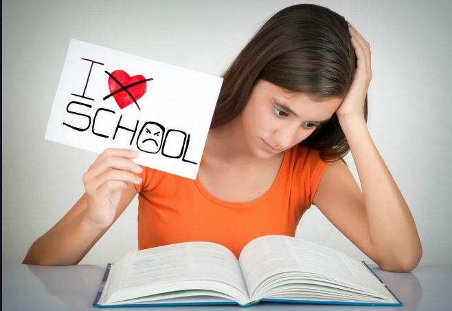 دلیل تنفر کودک از مدرسه