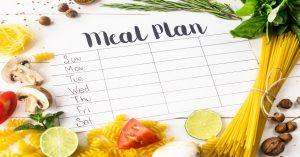 پرخوری در سالمندان و برنامه غذایی روزانه
