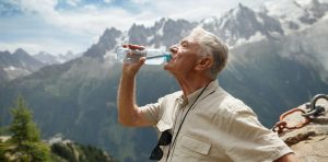 اثر آب بر پرخوری در سالمندان