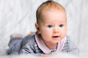 بدن نوزاد سه ماهه