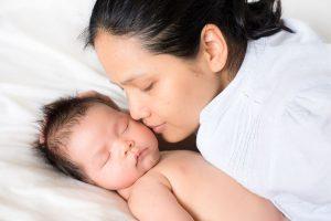 رشد مغز نوزاد با ارتباط پوستی
