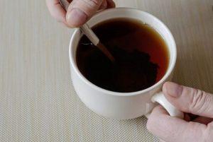 نوشیدن چای سیاه