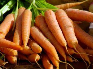 تغذیه کودک با هویج